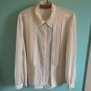 VTG 70s Cream Pleated Button Down Top